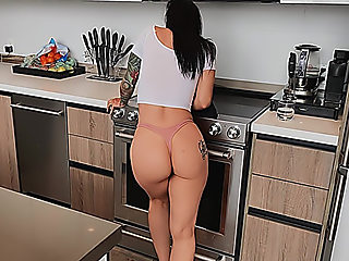 Katrina's Kitchen Cock