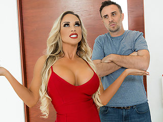 Tegan James & Keiran Lee in Tipping The Driver - Brazzers