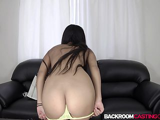 Natural babe Leya facialized in casting after hard anal