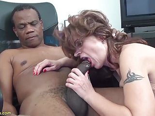 Mom deeply shafted by black stepson