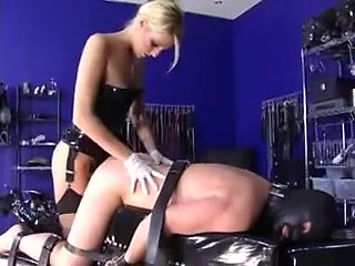 blonde in latex bonks him