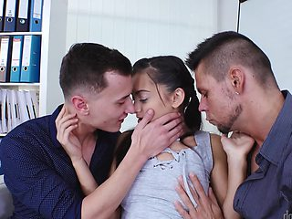 Double penetrated slut Shrima Malati takes two facials
