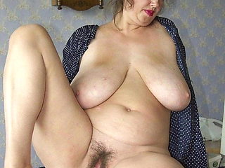 Love huge tits and hairy pussy