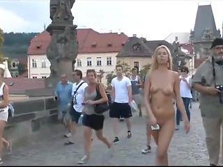 Naked Girls anywhere 8
