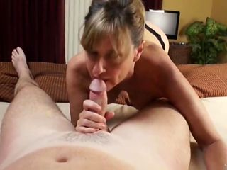 slutty mom with big boos gets filled up with cum by her young roommate