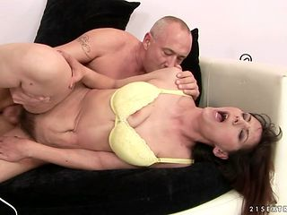 Mature can't wait to be banged in her mouth by hard dicked guy