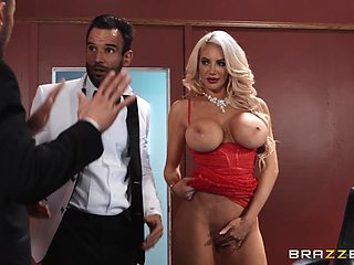 Cougar deals both these men in a serious anal threesome