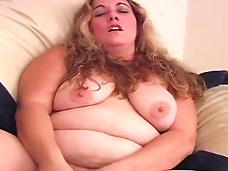 Steamy Big Beautiful BBW Wife Masturbates Well with Her Dildo