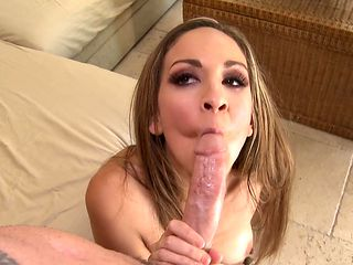 Blonde gets her mouth pumped full of love stick in dick sucking action with hot fellow