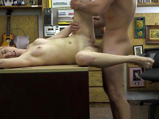 Cute shorthair babe deepthroats cock and spreads legs on the table