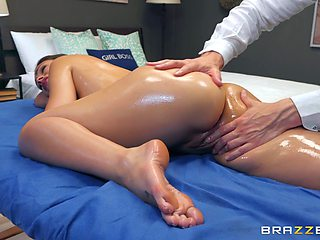 Erotic massage ends with a good fuck for Katana Kombat
