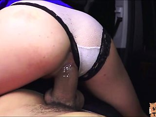 Petite chick Renee Roulette pays quickie sex to stranger guy