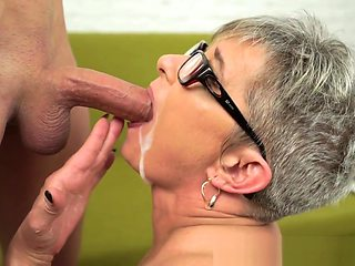 Mature Slut in Glasses Gets Plowed