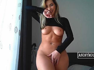 Gourgeous blonde girl showing her sexy tits and pussy for her fans