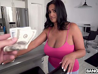 Hawaiian busty milf Kailani Kai does cleaning and gets fucked for cash
