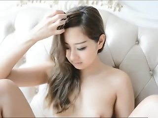 Very Beauty Chinese Model