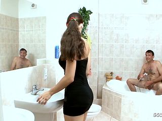 Dad Seduce Hairy Pussy Step Daughter to Fuck in Bath German