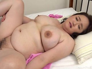 Fat Japanese wife Sakuragi Junko moans with pleasure during sex