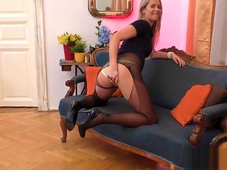 Hot brit blows old dude