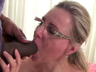 Blonde spreads her pussy lips invitingly in steamy hardcore action