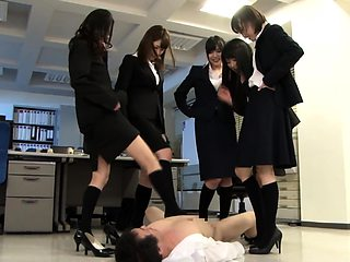 Seductive Japanese girls revealing their footjob abilities