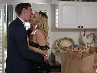 Too naughty blonde GF Mia Malkova dreams about fucking in the kitchen