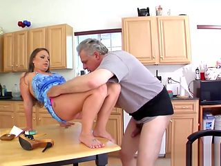 Verbal Femdom Teen Ass Cleaning