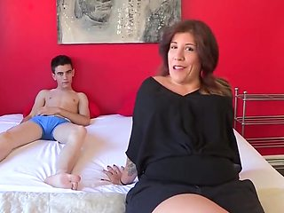 Estrella wants to fuck junior man jordi