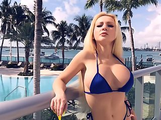 VERY BIG FAKE BOOBS SEXY ASS TWERK EXTREME BIKINI BEST HOT VIDEO