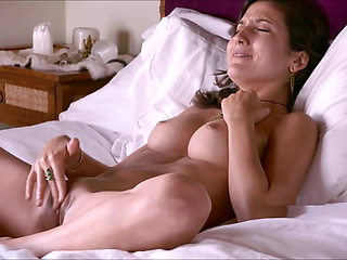 Serena L, Demonstration Of Orgasms