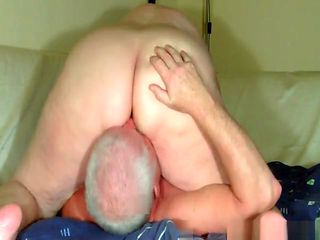 Guy with gray hair fucks a fat lady and creampies her