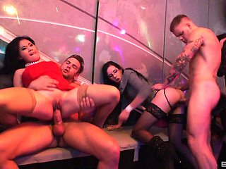 A fine display of group sex down at the club