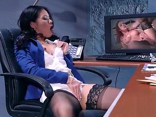 Hardcore Intercorse In Office With Big Round Tits Girl (Cindy Starfall) mov-10