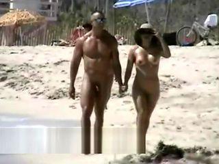 Lovebirds rejoice on a sunny spy beach hidden cam video