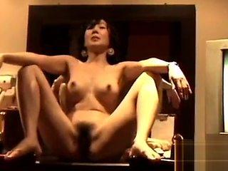 hot Korean room salon KTV woman gives blowjob