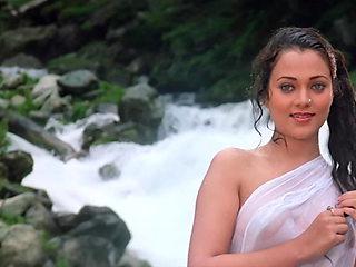 Bollywood Mandakini Raam Teri Ganga Maili