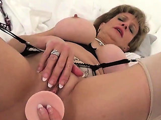 Cheating english milf lady sonia reveals her huge titties47j