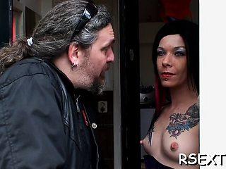 Exquisite honey Foxxy Angel explores cock