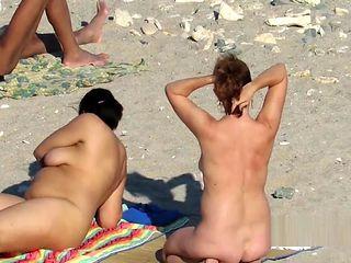 Public Beach MILF Mature Spycam Compilation