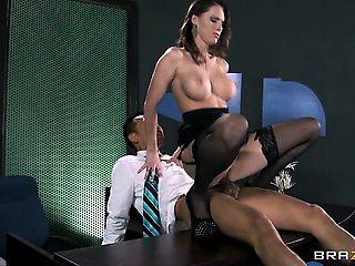 The Secretary 3000
