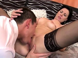 Horny Cougar In Good Sex Time With Young Lover