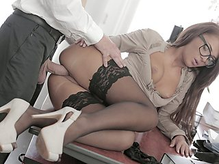 Stunning Alexis Brill banged in office
