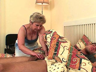 She finds him doggy-fucking old mother inlaw