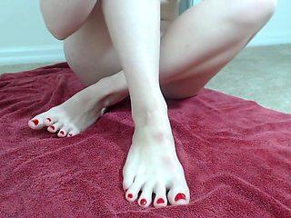 mfclila feet