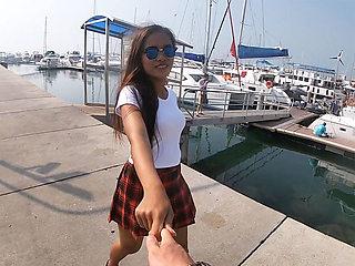 Teen amateur schoolgirl girlfriend porn video with boyfriend