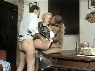 Penelope - Una domestica particolare (1996)