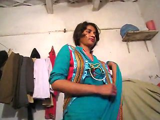 Desi pakistani wife blowjob n fucked by husband new