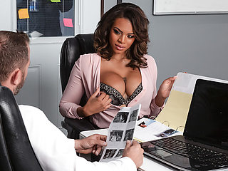 Halle Hayes & Scott Nails in Working Late - BRAZZERS