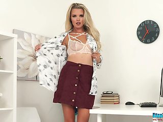 Stunning blonde Ashley Jayne is always ready to demonstrate her body