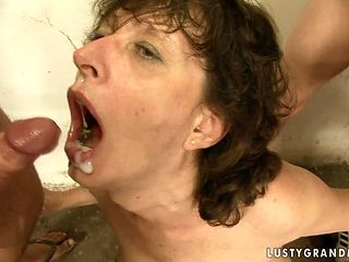 Mature gets mouth pounded by mans rock solid fuck stick